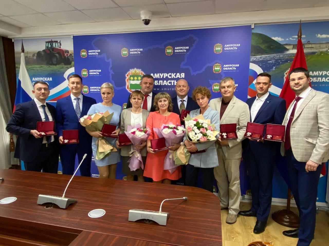 Врачи и медсёстры награждены губернатором